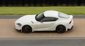 2020 Supra goes 0-60 3.8s & 1/4 mi 12.3s in C&D instrumented test